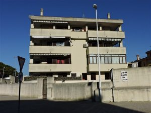 Via Grazia Deledda 179 (53)